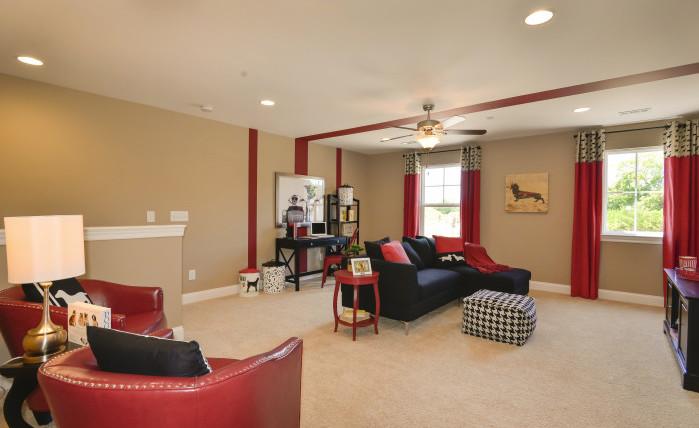 The Madison - Bonus Room