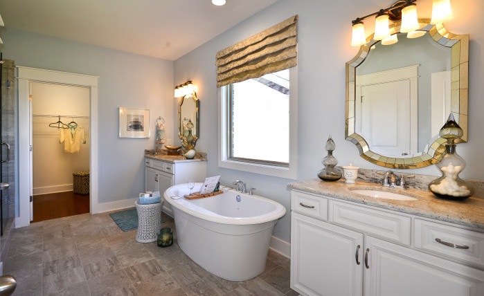 Bradford Model - Master Bathroom