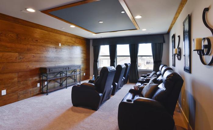 Bradford Model - Bonus/Media Room